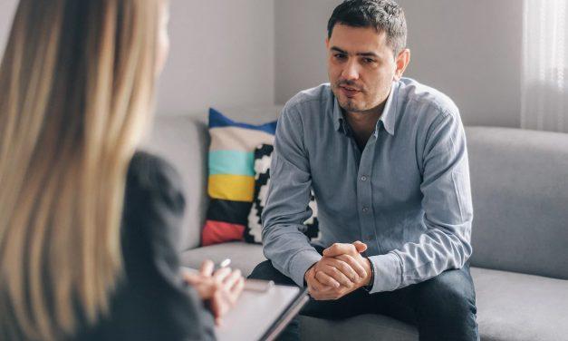 Comment se déroule une consultation d'addictologie ?